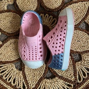 Pink & glitter natives shoes size 4c